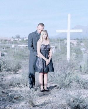 krščanska devica z očetom